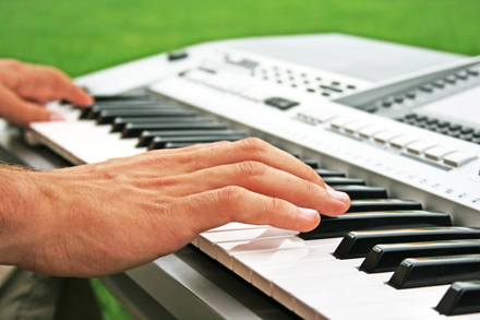 music piano keyboard